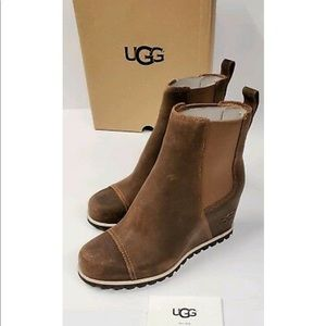 Ugg Pax Wedge Chelsea Boot 6.5